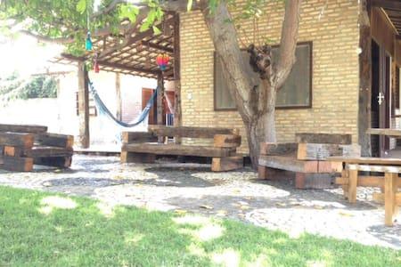 Chalé + ar cond. em condomínio - Paracuru