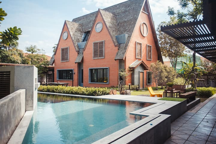 Dream Villa, Private Pool! Spacious & Luxurious