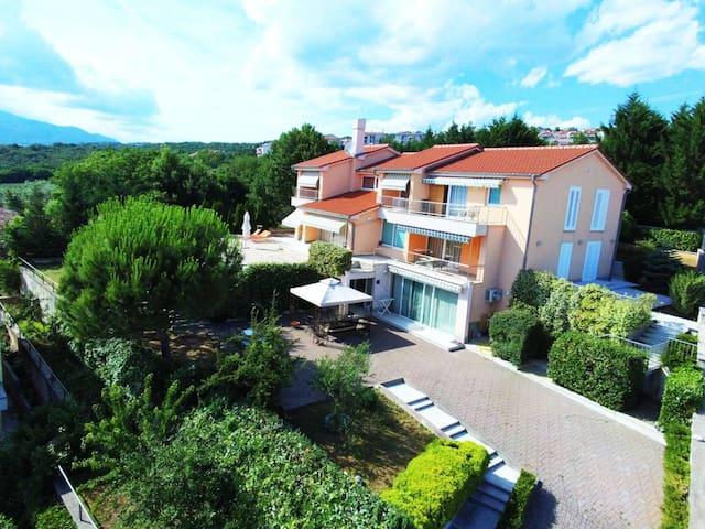 Apartment in Villa Azra (Rijeka)