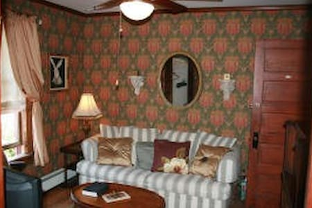 The Henry Wadsworth Longfellow Suite - Wildwood