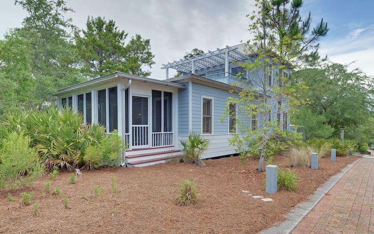MCBTS-9 Creek Park - House