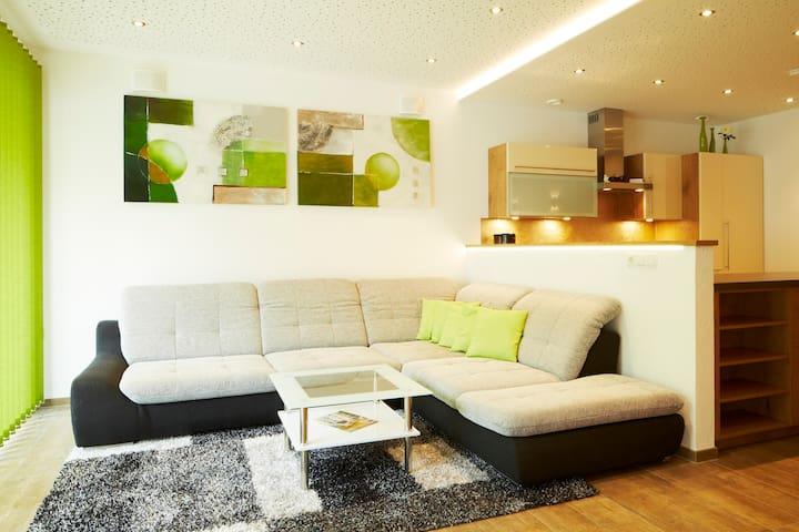 Neues Apartment mit 150m² - Ried im Oberinntal - Condominium