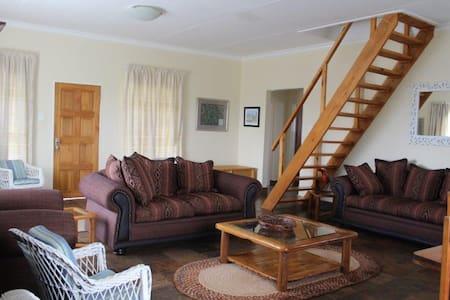 Flintlock Grange Cottage
