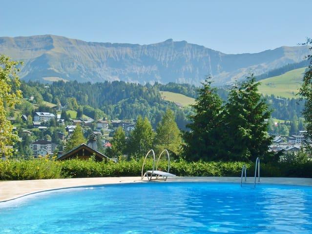 Megève prox centre_  lgt 3 ch/bd_ piscine chauffée