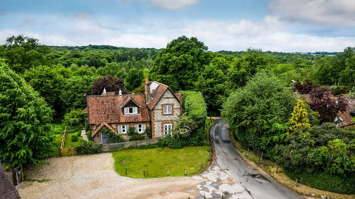 Stylish Country Cottage, Henley, Oxfordshire