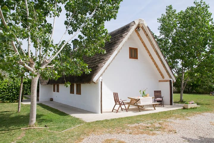 Traditional barrack with pool - BV - Sant Jaume d'Enveja - Huis