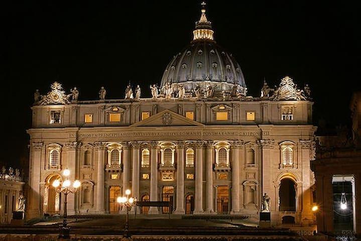 Camera matrimoniale vicino a S.Pietro