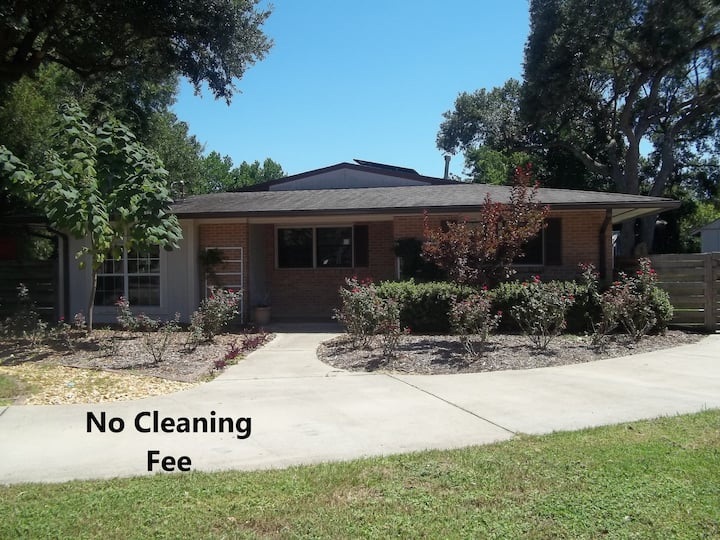 Private Pensacola Retreat - No Cleaning Fee