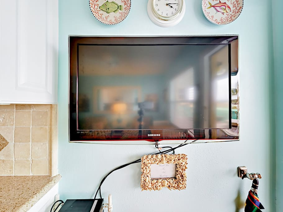 Watch your favorite TV shows on the flat screen TV. Complimentary Wi-Fi also allows you to stream on your own devices.