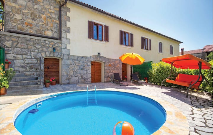 Amazing home in Veprinac with WiFi and 2 Bedrooms