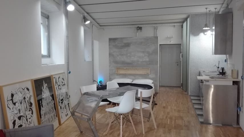 Stylish loft studio with 2 bikes in Pigneto area - Rome - Loft