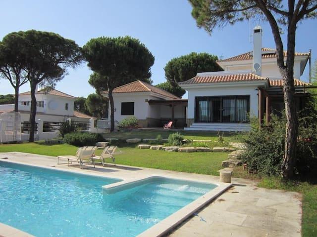 Villa en Huelva para 8 personas cerca de la playa - Nuevo Portil