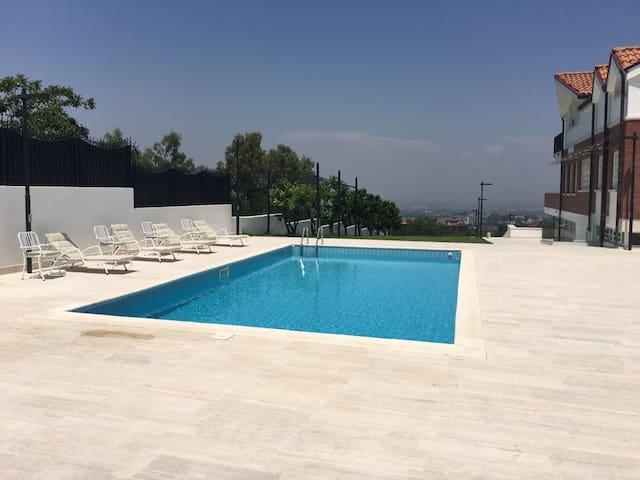 """Camera in villa  vicino  Napoli  (""""Pulcinella"""")"""