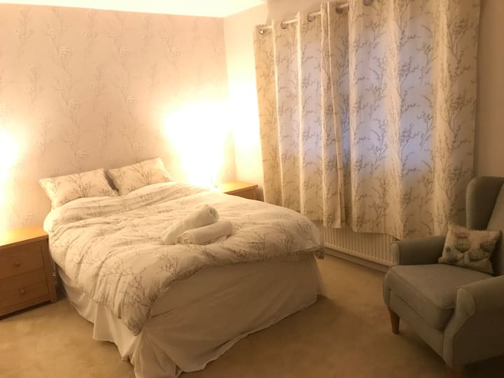 Double bed with own bathroom ideal for A9 stopover