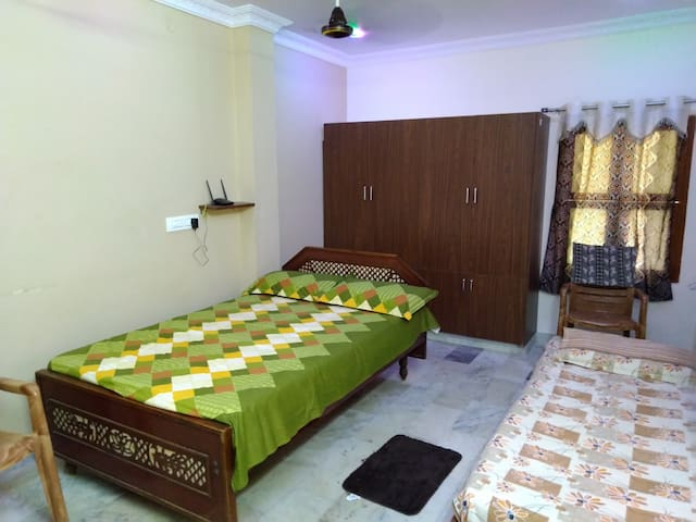 Penthouse -just 4km from NH16  wifi+smarttv acess