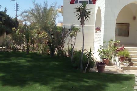 Cairo suburban villa in a private compound - Ash Sharabayah - Villa