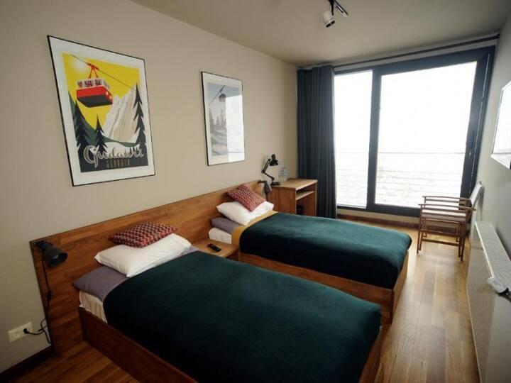 Standard twin room. QUADRUM YOGA AND SKI RESORT