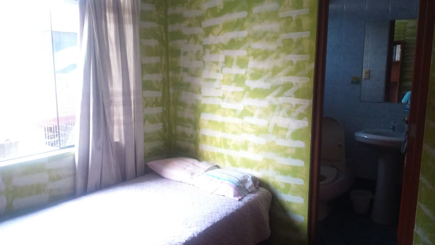 SINGLE BED X 2 PERSONS (PRIVATE BATHROOM)