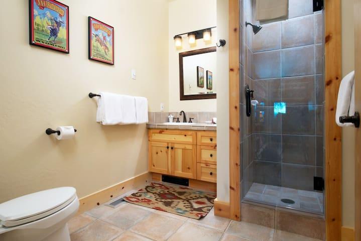 Granite Ridge Homestead: 113895 - ジャクソン - 別荘
