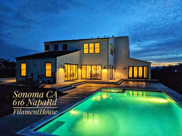 4500 Sq. Ft. Home/Vineyard In Prime Sonoma/Napa