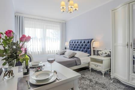 Baltic Villa - Sunny Apartament - Gdańsk - Lejlighed