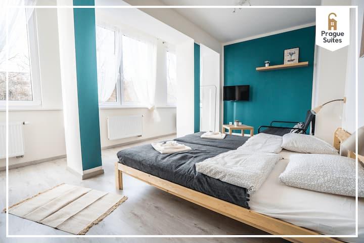 Sunny modern suite by Prague Suites