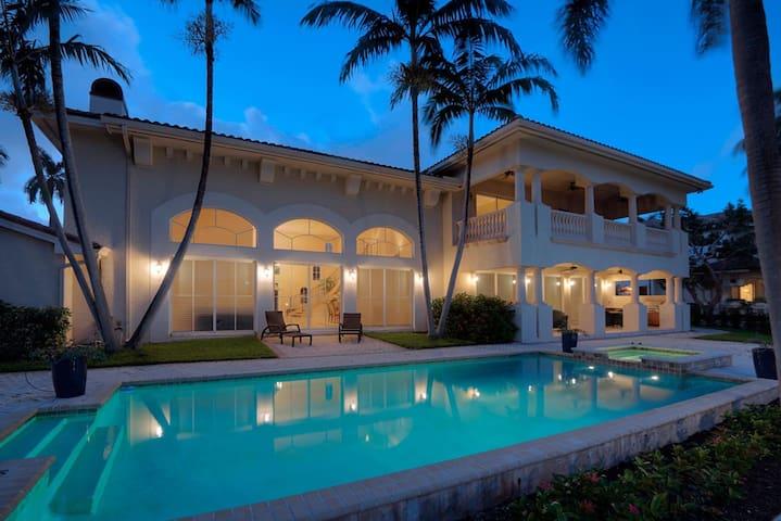 The Nurmi Manor - Fort Lauderdale