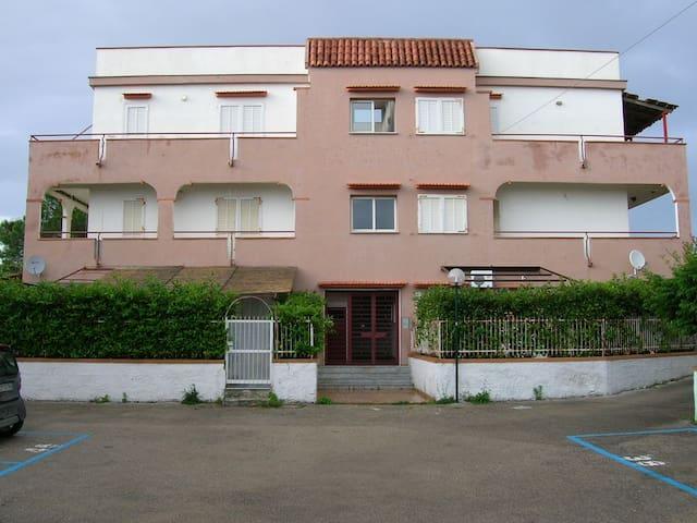 APPARTAMENTO Baia Felice  800 MT MARE - Baia Felice - Apartment