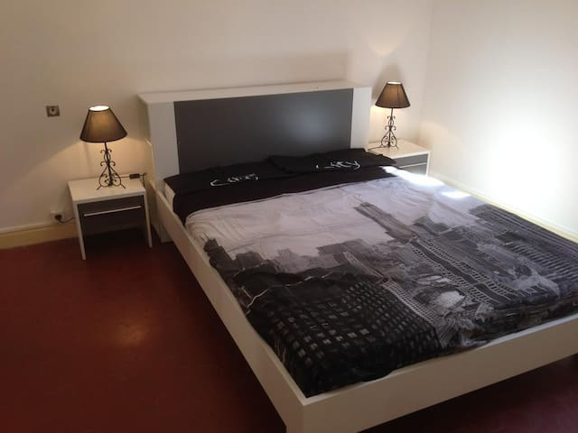 Comfort Appartment Kalliste with Balcony