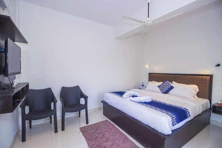 Super Deluxe Room Near to Baga Beach  JP