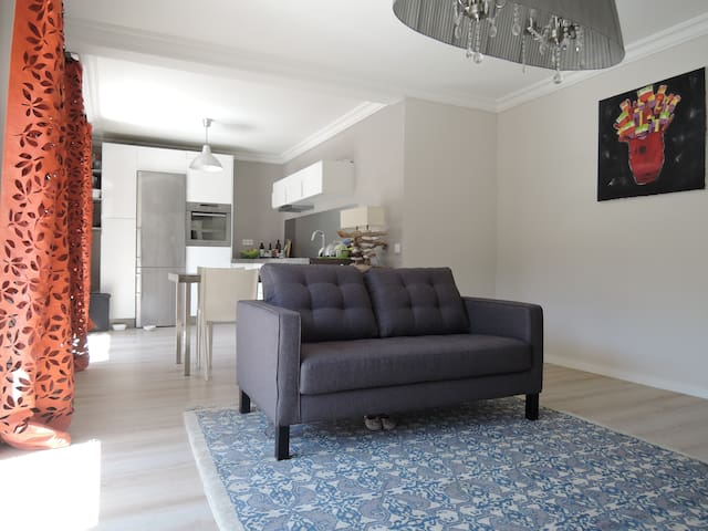 Lumineux, calme et Centre Ville accessible à pied - Montpellier - Wohnung