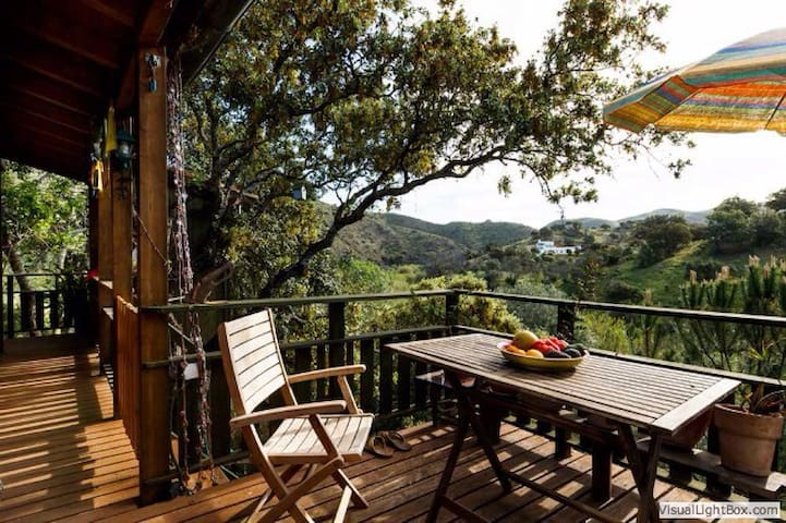 Eco-Treehouse Nature Holiday THE tranquil get-away - Morenos - Bungalow