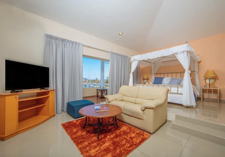 Villa de Lujo 3 Rec / 3 BR Luxury Villa