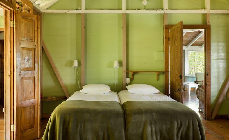 Retreat Plantation House first bedroom 1