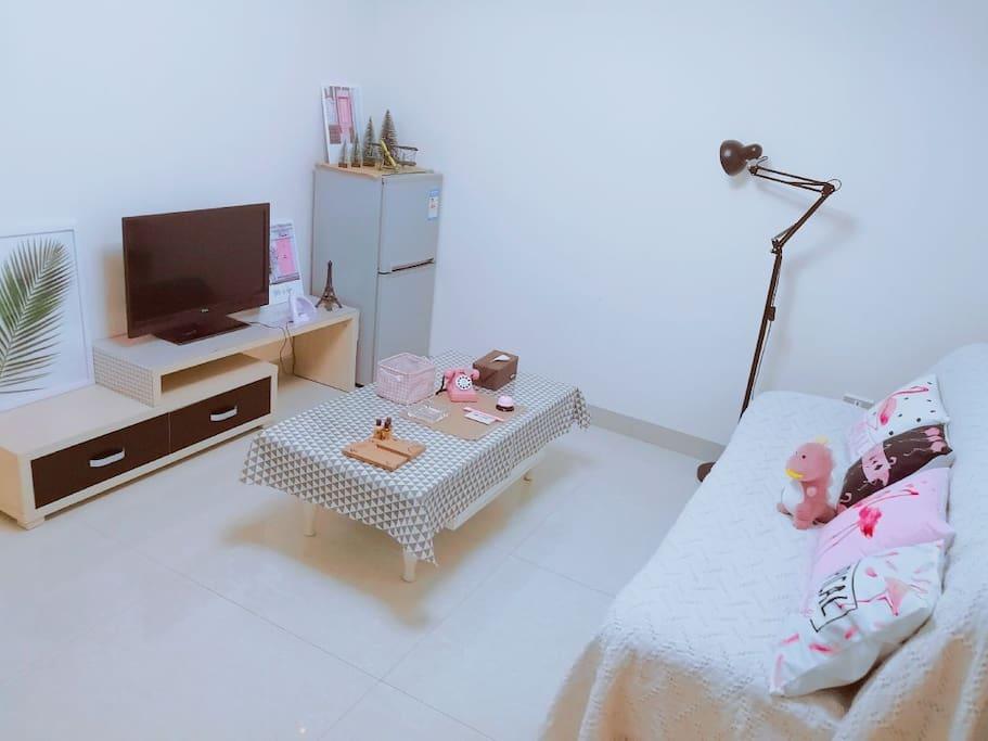 客厅—粉粉的小摆件