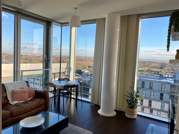 Two bedroom luxury flat in central Milton Keynes