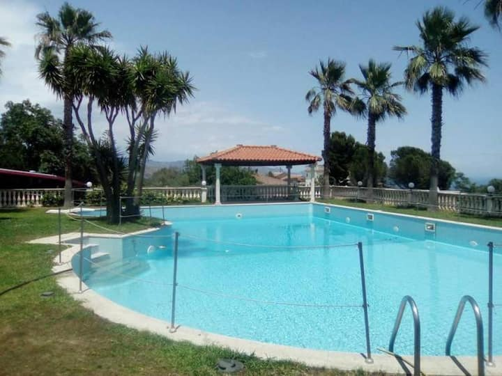 Sicilia- Etna- Ore Felici park