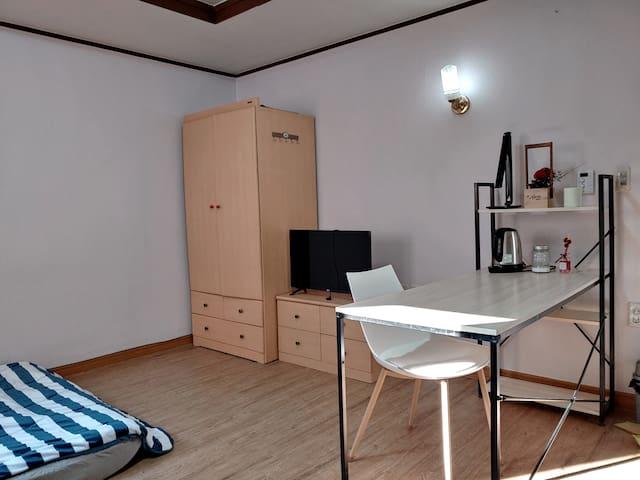<Muroo's house>안전하고 저렴한 편리한 위치의 숙소