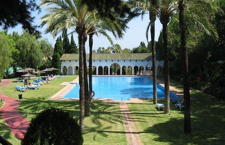 Marbella 2-bedroom, Paradise on Golden Mile