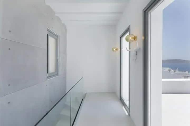 White Obsession 3 Bedroom Luxury Villa