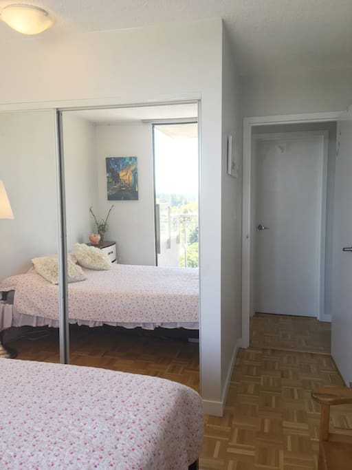 Clean and Peaceful Bedroom with New Queen Bed and Gorgeous Views!  Bathroom across hall.✌️