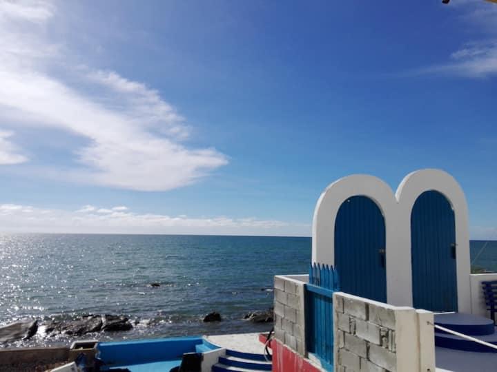 家庭房~爱上海蓝蓝屋无敌海景/Warm Family Room-Blue Ocean Station