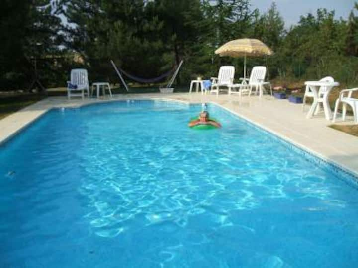 Pet Friendly Gite.. between Lot & Dordogne Valleys