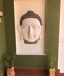 Casa Nirvana, Peaceful, relaxing home in Anjuna - Anjuna