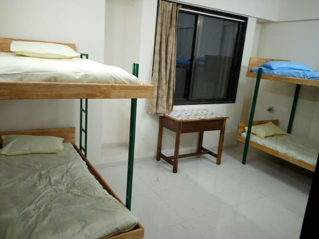Private room centrally located near Deccan