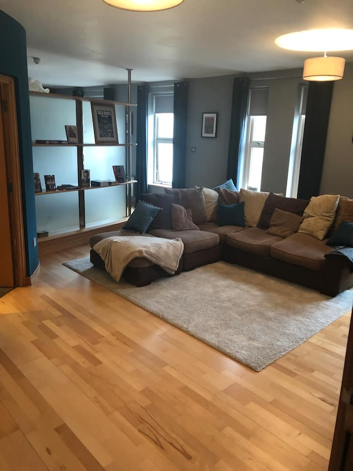 Great location, Modern Flat, Leeds City Centre