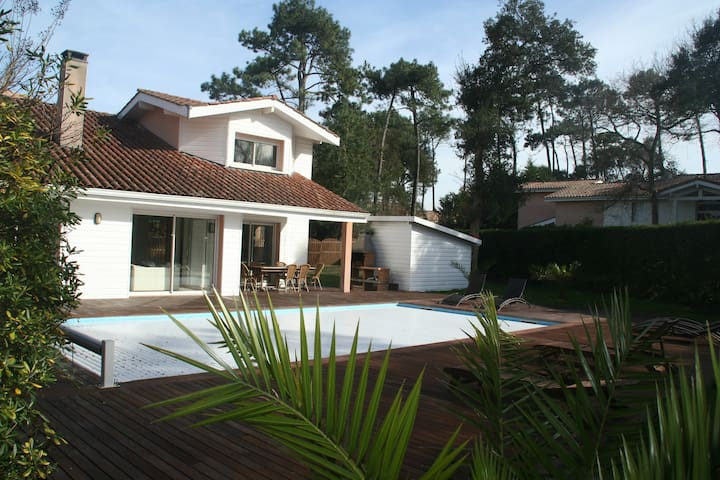 Villa standing 13 p, piscine CHAUFFEE, 200 m plage - Moliets-et-Maa - Villa