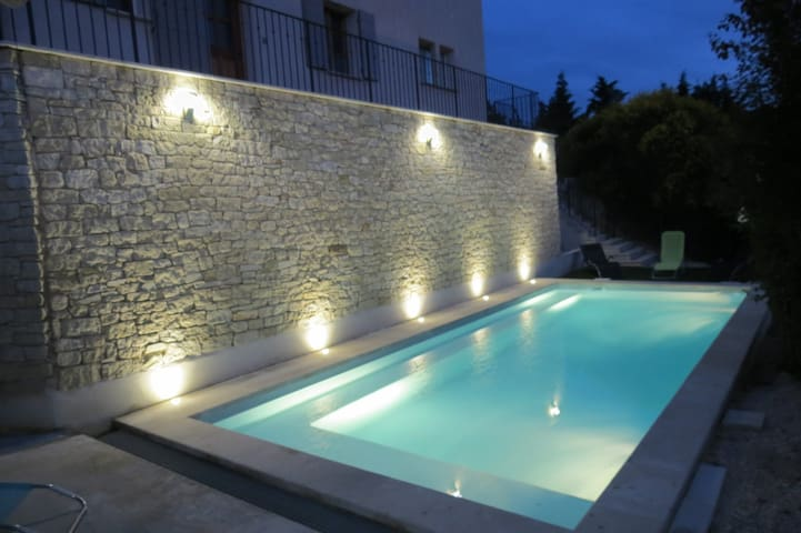 Magnifique bastide provençale 120m2 avec piscine - Le barroux  - House