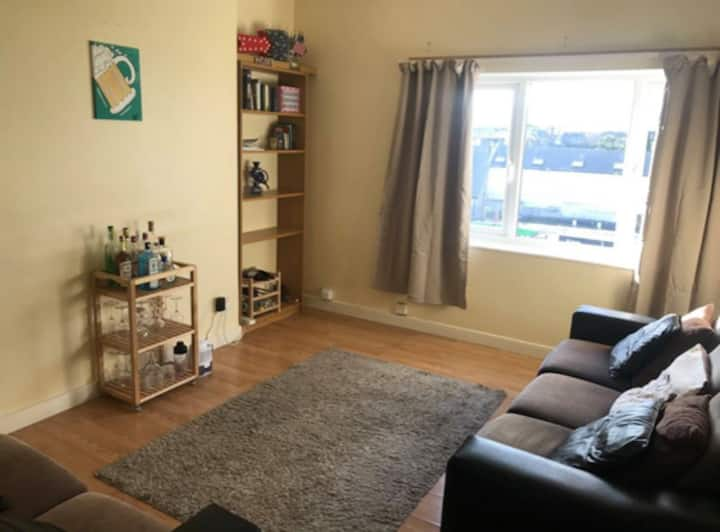 Spacious 2-bedroom apartment near city centre