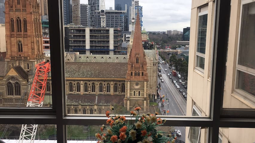 Cosy apartment in the heart of Melbourne CBD